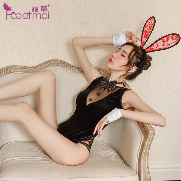 制服诱惑-霏慕-丝绒兔女郎可爱制服套装